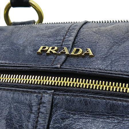 Prada(프라다) BL0606 VITEELO SHINE 다크블루 빈티지레더 금장로고 짚업 원 포켓 2WAY