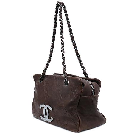 Chanel(샤넬) 브라운레더 스티치 정방 은장로고 체인 숄더백 이미지2 - 고이비토 중고명품