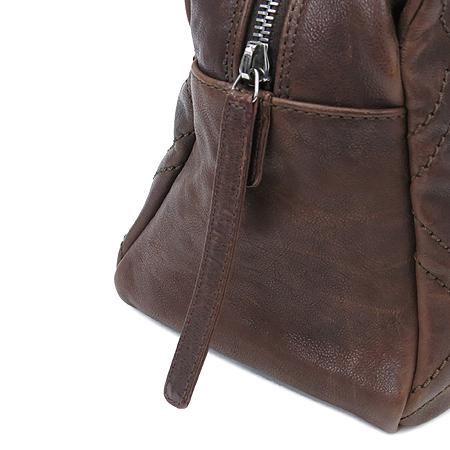 Chanel(샤넬) 브라운레더 스티치 정방 은장로고 체인 숄더백 이미지5 - 고이비토 중고명품