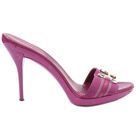 Gucci(구찌) 158767 핑크 페이던트 홀스빗 장식 샌들 이미지3 - 고이비토 중고명품