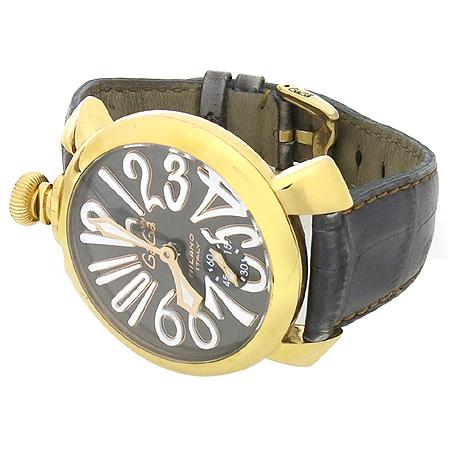 GAGA MILANO(가가 밀라노) 매뉴얼 48MM 금장 가죽밴드 수동 시계 이미지2 - 고이비토 중고명품