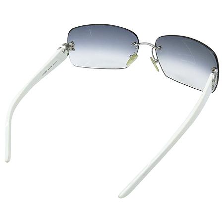 Loewe(로에베) SLW179 측면 은장 로고 장식 무테 선글라스