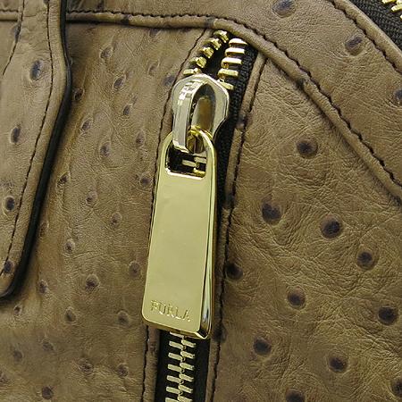 FURLA(훌라) 오스트리치 패턴 지퍼 장식 토트백