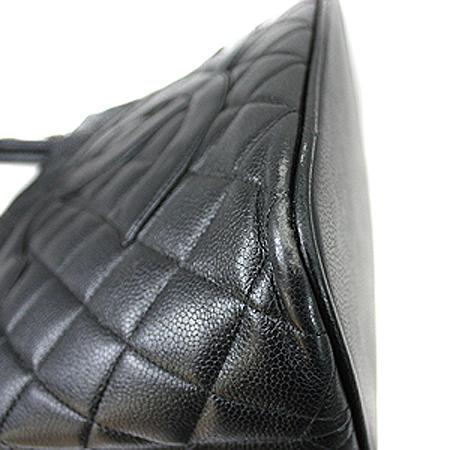 Chanel(샤넬) A01804Y01588 캐비어 스킨 블랙 은장 코인 토트백 [명동매장] 이미지4 - 고이비토 중고명품