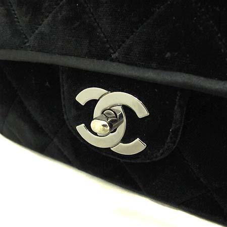Chanel(샤넬) 클래식 벨벳 S사이즈 은장체인 숄더백 [부천 현대점] 이미지3 - 고이비토 중고명품