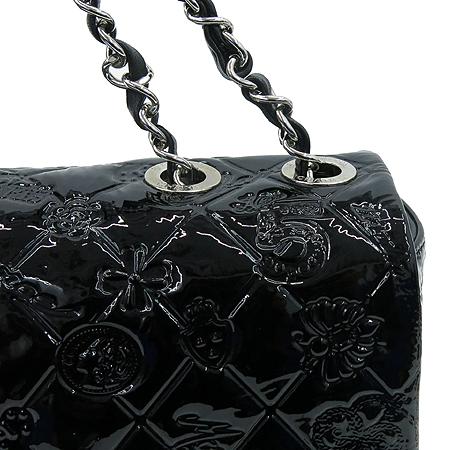 Chanel(샤넬) A49756 블랙 페이던트 SYMBOL CHARM ICON (심볼 참 아이콘) 은장 체인 숄더백 [압구정매장] 이미지4 - 고이비토 중고명품