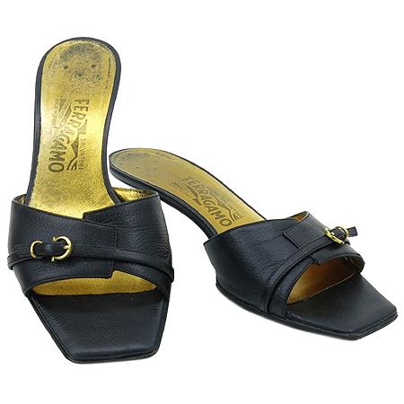 Ferragamo(페라가모) 금장 로고 장식 여성용 샌들