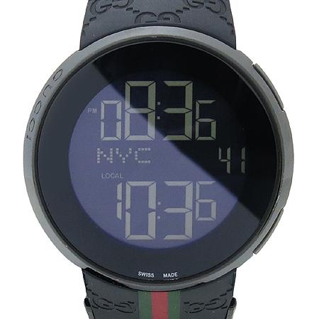 Gucci(구찌) YA114207 GUCCI 디지털 GG로고 러버밴드 남성용 시계