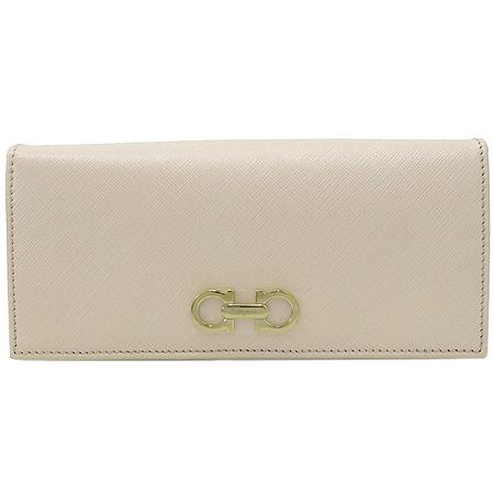 Ferragamo(페라가모) 22 B857 골드 메탈 간치니 QUARZO ROS(핑크베이지) 사피아노 레더 장지갑