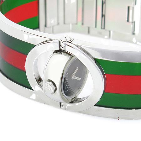 Gucci(구찌) YA112517 TWIRL(트월) 삼선 로고 스틸 브레이슬릿 여성용 시계