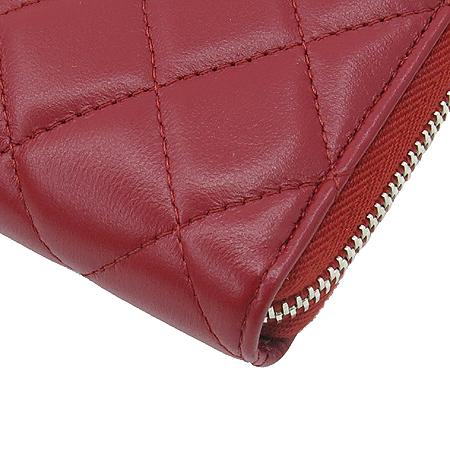 Chanel(샤넬) A50097 램스킨 레드 퀼팅 은장로고 짚업 장지갑