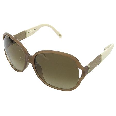Escada(에스까다) SES 244 측면 로고 장식 뿔테 선글라스 이미지2 - 고이비토 중고명품