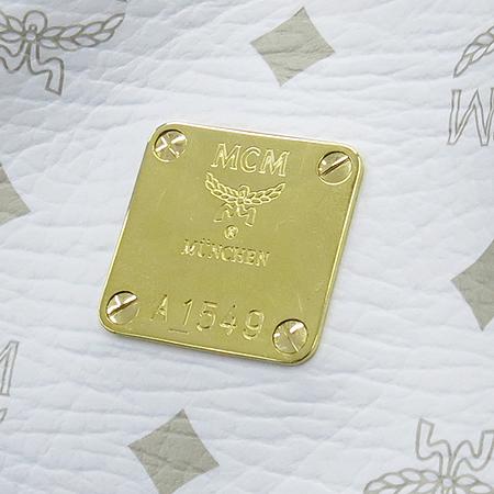 MCM(엠씨엠) 골드 메탈 비세토스 로고 화이트 레더 숄더백