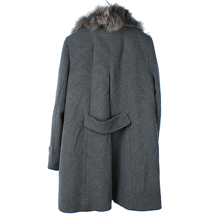 COUPS(꾸즈) 그레이컬러 여우털 코트