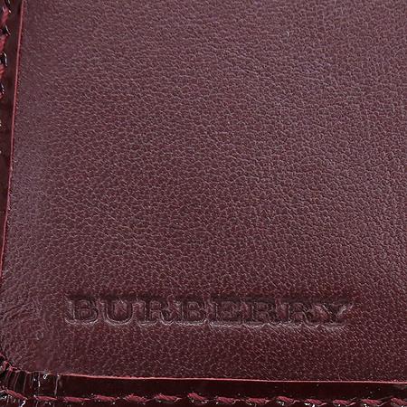 Burberry(버버리) 노바 체크 PVC 페이던트 혼방 중지갑