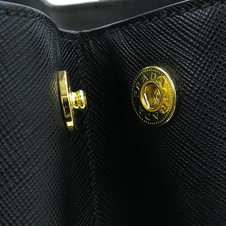 Prada(프라다) BN1844 블랙 사피아노 럭스 금장 로고 토트백 [명동매장] 이미지4 - 고이비토 중고명품