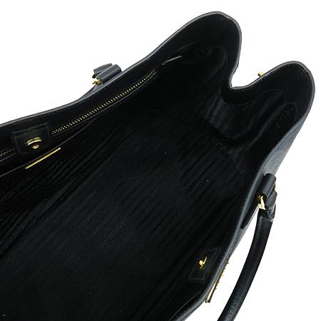 Prada(프라다) BN1844 블랙 사피아노 럭스 금장 로고 토트백 [명동매장] 이미지7 - 고이비토 중고명품
