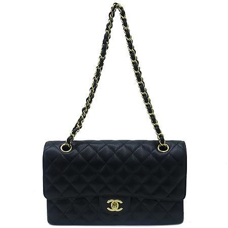 Chanel(샤넬) A0112Y01864 캐비어스킨 클래식 M 사이즈 금장 체인 숄더백 이미지2 - 고이비토 중고명품