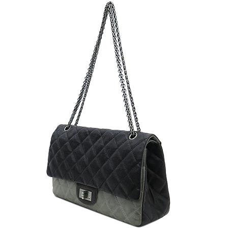 Chanel(샤넬) 2.55 캐비어 램스킨 더블컬러 L 사이즈 빈티지 은장 체인 숄더백 [강남본점] 이미지2 - 고이비토 중고명품