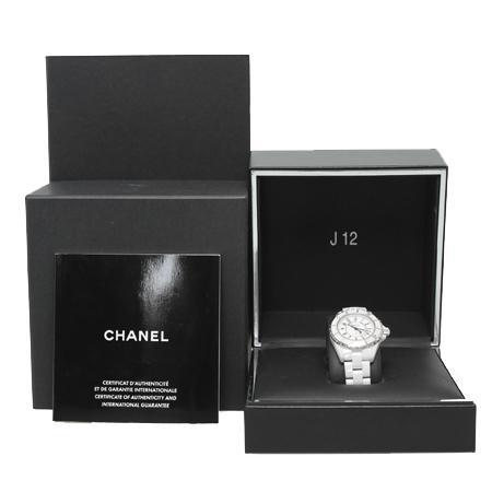Chanel(샤넬) H0968 J12 쿼츠 데이트 화이트 세라믹 여성용 시계[광주롯데점] 이미지4 - 고이비토 중고명품