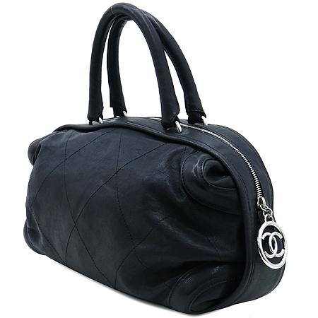 Chanel(샤넬) 블랙 컬러 레더 볼링 토트백 [인천점] 이미지3 - 고이비토 중고명품
