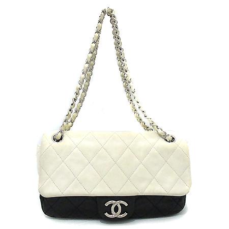 Chanel(샤넬) A46173Y01480 램스킨 마트라쎄 은장 체인 숄더백