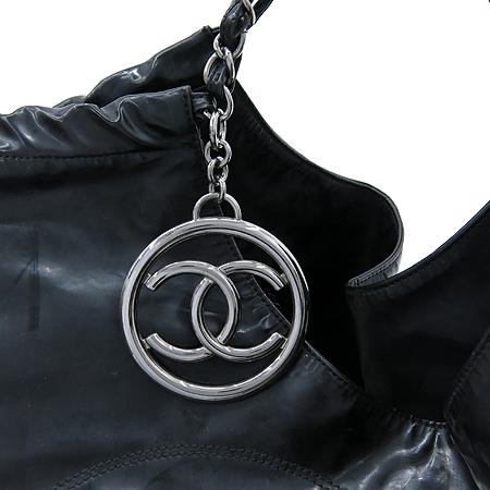Chanel(샤넬) 블랙 페이던트 COCO로고 은장 체인 카바스 숄더백