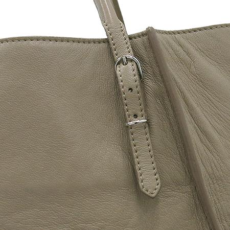 Balenciaga(발렌시아가) 279326 베이지 컬러 레더 파피에르 쇼퍼 숄더백 [부산센텀본점] 이미지4 - 고이비토 중고명품