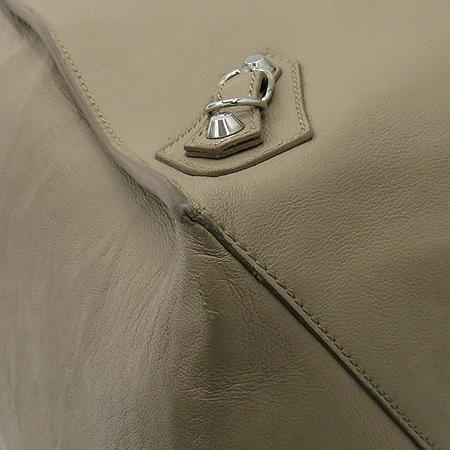 Balenciaga(발렌시아가) 279326 베이지 컬러 레더 파피에르 쇼퍼 숄더백 [부산센텀본점] 이미지5 - 고이비토 중고명품
