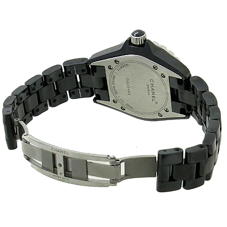 Chanel(샤넬) H1625 J12 33MM 블랙 세라믹 12포인트 다이아 여성용 시계 [강남본점] 이미지4 - 고이비토 중고명품