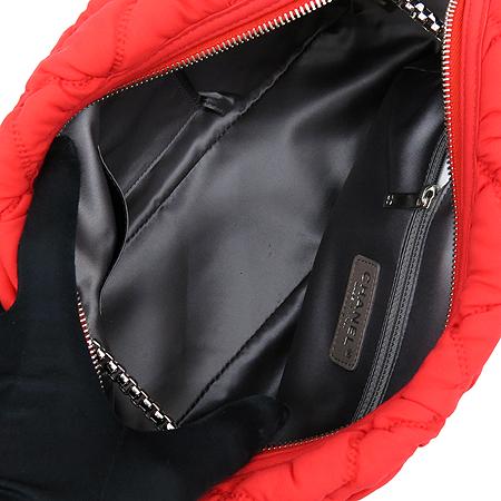 Chanel(샤넬) A46168Y05959 61347 레드패브릭 퀼팅 은장로고 체인 숄더백 [강남본점] 이미지6 - 고이비토 중고명품