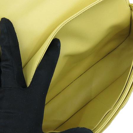 Louis Vuitton(루이비통) M40716 POCHETTE YELLOW 포쉐트 옐로우 스티치 은장로고 락 장식 체인 숄더백[2012년 S/S 한정판] [대구반월당본점]