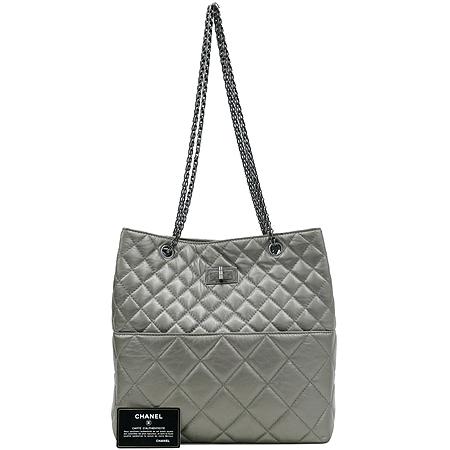 Chanel(샤넬) 크루즈컬렉션 CALF 퀼팅 레더 빈티지 정방 은장 체인 숄더백 [강남본점]