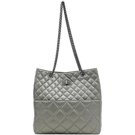 Chanel(샤넬) 크루즈컬렉션 CALF 퀼팅 레더 빈티지 정방 은장 체인 숄더백 [강남본점] 이미지2 - 고이비토 중고명품