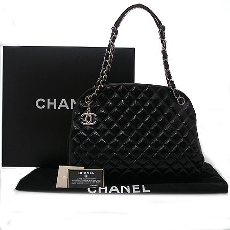 Chanel(샤넬) Chanel(샤넬) A66879 Y07404 블랙 카프 마드모아젤 볼링 숄더백