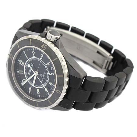 Chanel(샤넬) H0684 J12 블랙 세라믹 러버 밴드 38MM 오토매틱 남성용 시계  [대구동성로점] 이미지2 - 고이비토 중고명품