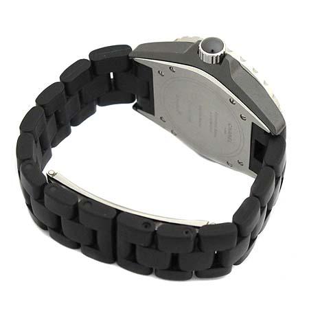 Chanel(샤넬) H0684 J12 블랙 세라믹 러버 밴드 38MM 오토매틱 남성용 시계  [대구동성로점] 이미지3 - 고이비토 중고명품