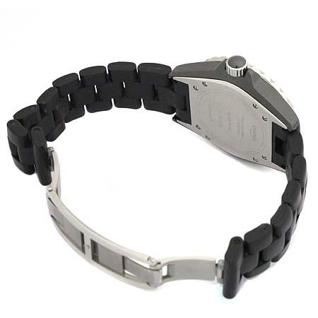Chanel(샤넬) H0684 J12 블랙 세라믹 러버 밴드 38MM 오토매틱 남성용 시계  [대구동성로점] 이미지4 - 고이비토 중고명품
