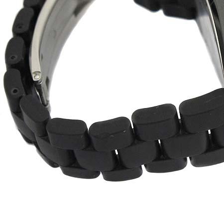Chanel(샤넬) H0684 J12 블랙 세라믹 러버 밴드 38MM 오토매틱 남성용 시계  [대구동성로점] 이미지5 - 고이비토 중고명품