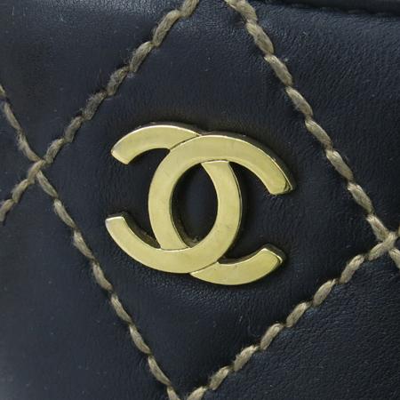 Chanel(샤넬) 금장 COCO로고 와일드 스티치 바겟 토트백