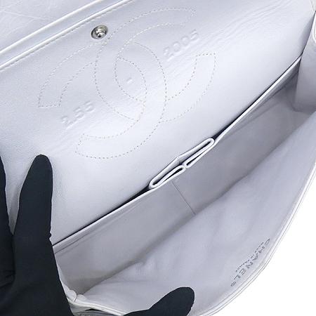 Chanel(샤넬) A30226 2.55 빈티지 M 사이즈 은장 체인 숄더백  [대구동성로점] 이미지5 - 고이비토 중고명품