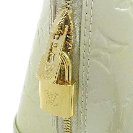 Louis Vuitton(루이비통) M91445 모노그램 베르니 블랑코레일 알마 PM 토트백 [강남본점] 이미지4 - 고이비토 중고명품