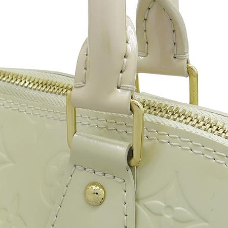 Louis Vuitton(루이비통) M91445 모노그램 베르니 블랑코레일 알마 PM 토트백 [강남본점] 이미지5 - 고이비토 중고명품