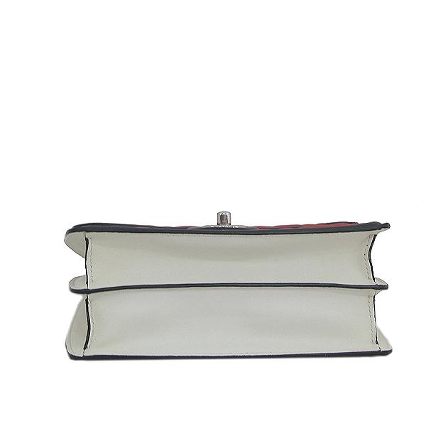 Chanel(샤넬) A68473 크루즈컬렉션 퀄팅 램스킨 은장 체인 미니 숄더 크로스백 [인천점] 이미지5 - 고이비토 중고명품
