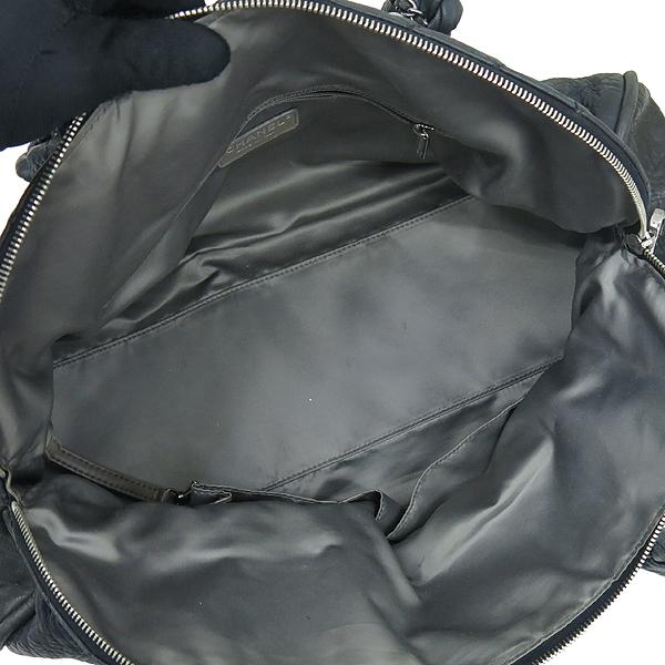 Chanel(샤넬) 블랙 퀼팅 스티치 레더 볼링 체인 숄더백 [부산센텀본점] 이미지6 - 고이비토 중고명품