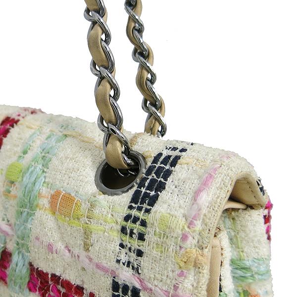Chanel(샤넬) 트위드 클래식 M 사이즈 은장 체인 숄더백 [동대문점] 이미지4 - 고이비토 중고명품