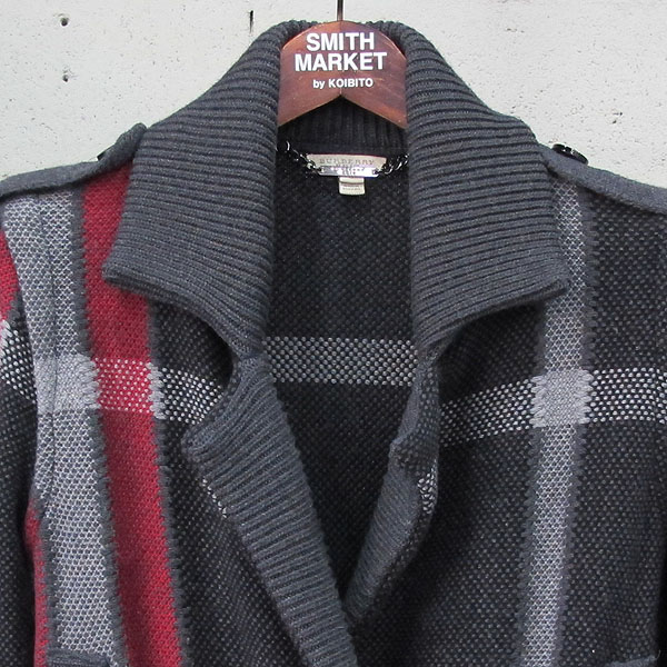 Burberry(버버리) 울 혼방 그레이 레드 체크 여성용 니트 더블 자켓 [동대문점] 이미지2 - 고이비토 중고명품
