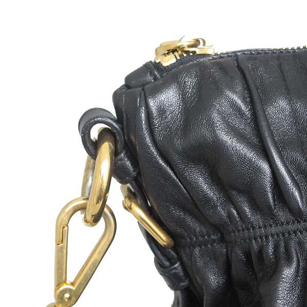 Prada(프라다)  BN1935 블랙 램스킨 고프레 토트백 + 숄더 스트랩 [대구황금점] 이미지4 - 고이비토 중고명품