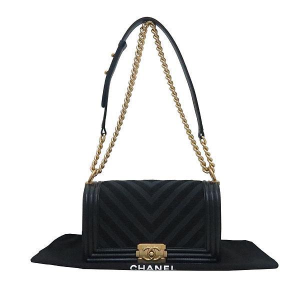 Chanel(샤넬)  A67086 보이샤넬  Chevron(쉐브론) 패브릭 레더 혼방 빈티지 금장 체인 숄더백 [부산센텀본점]