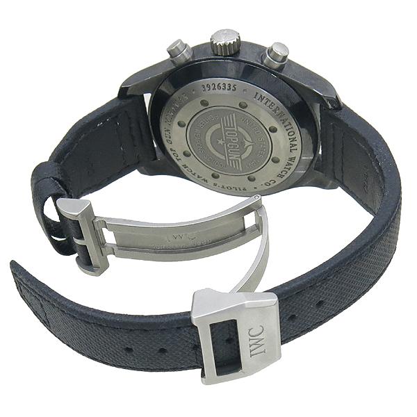 IWC(아이더블유씨) IW388002 PILOT'S WATCH TOP GUN 탑건 메카니컬 크로노그래프 오토매틱 데이트 세라믹+티타늄 케이스 블랙 텍스타일 밴드 스트랩 폴딩 버클 남성용시계 [강남본점] 이미지3 - 고이비토 중고명품